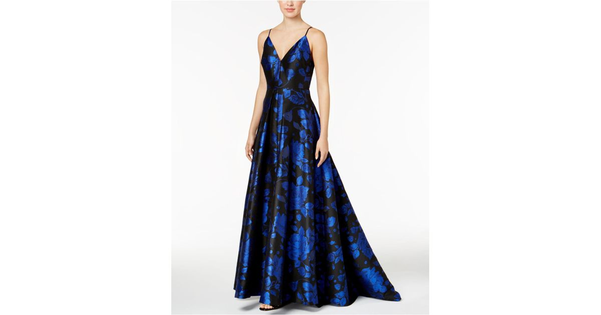 dd11822c0b6d Lyst - CALVIN KLEIN 205W39NYC V-neck Floral-print Ballgown in Blue