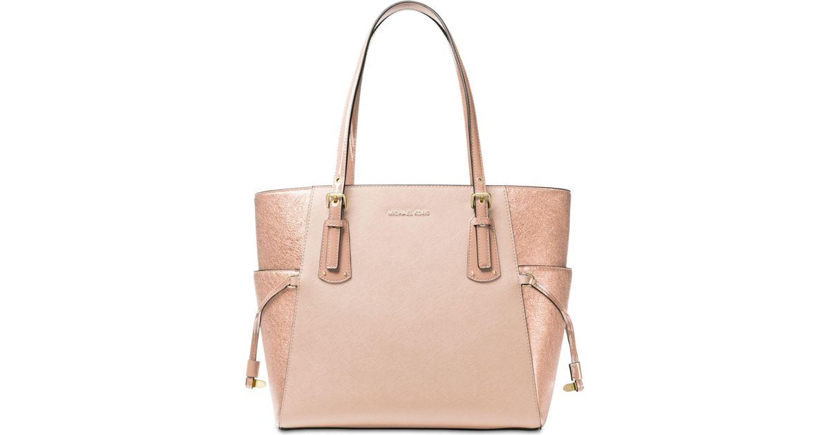 925e83600d9992 Michael Kors Voyager East West Signature Tote in Pink - Lyst