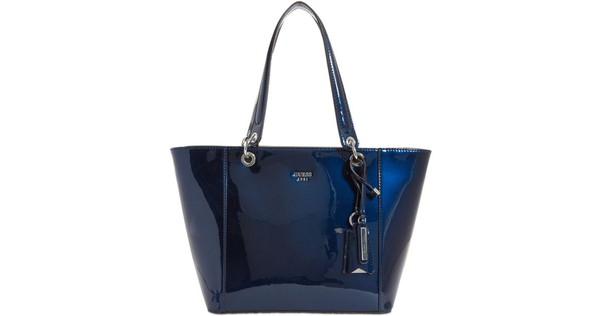 Lyst - Guess Kamryn Extra-large Tote in Blue