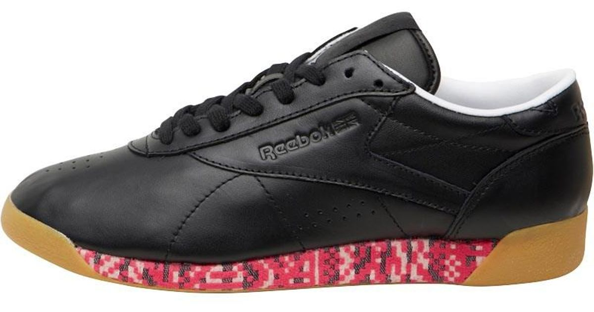 efc245e265c Reebok Freestyle Lo Old Meets New Trainers Black white Gum in Black - Lyst