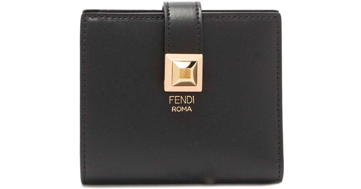 Lyst - Portefeuille compact en cuir Fendi en coloris Noir b97777137ce