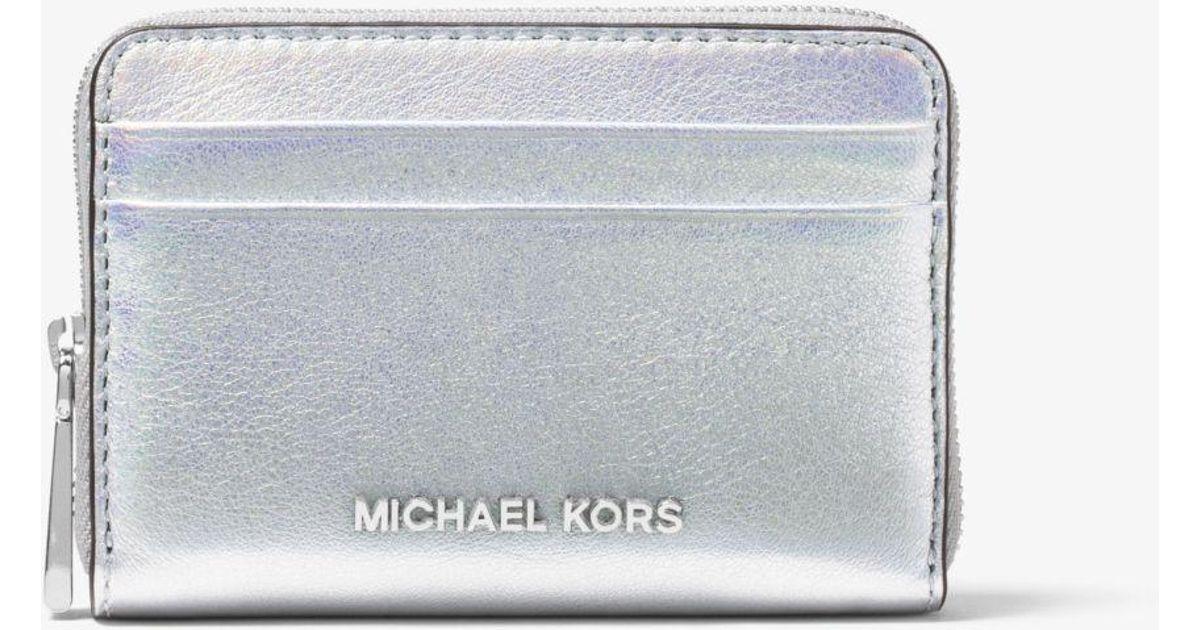 bdb153559fc3 Lyst - Michael Kors Jet Set Iridescent Leather Wallet in Metallic