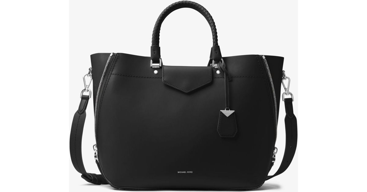 65a8a2f2610d Lyst - Michael Kors Blakely Leather Tote in Black