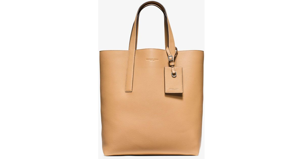 b949009fe2183f Michael Kors Mason Pebbled Leather Reversible Tote Bag in Natural for Men -  Lyst