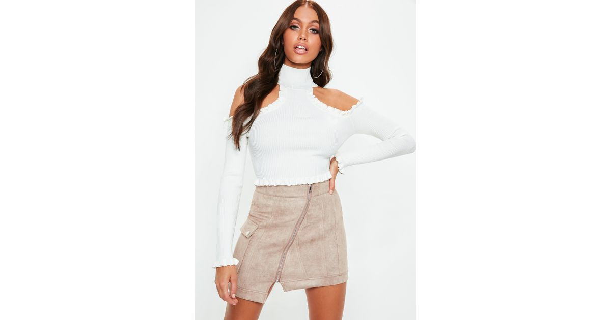5c6563aa87898 Lyst - Missguided White High Neck Cold Shoulder Knitted Crop Top in White