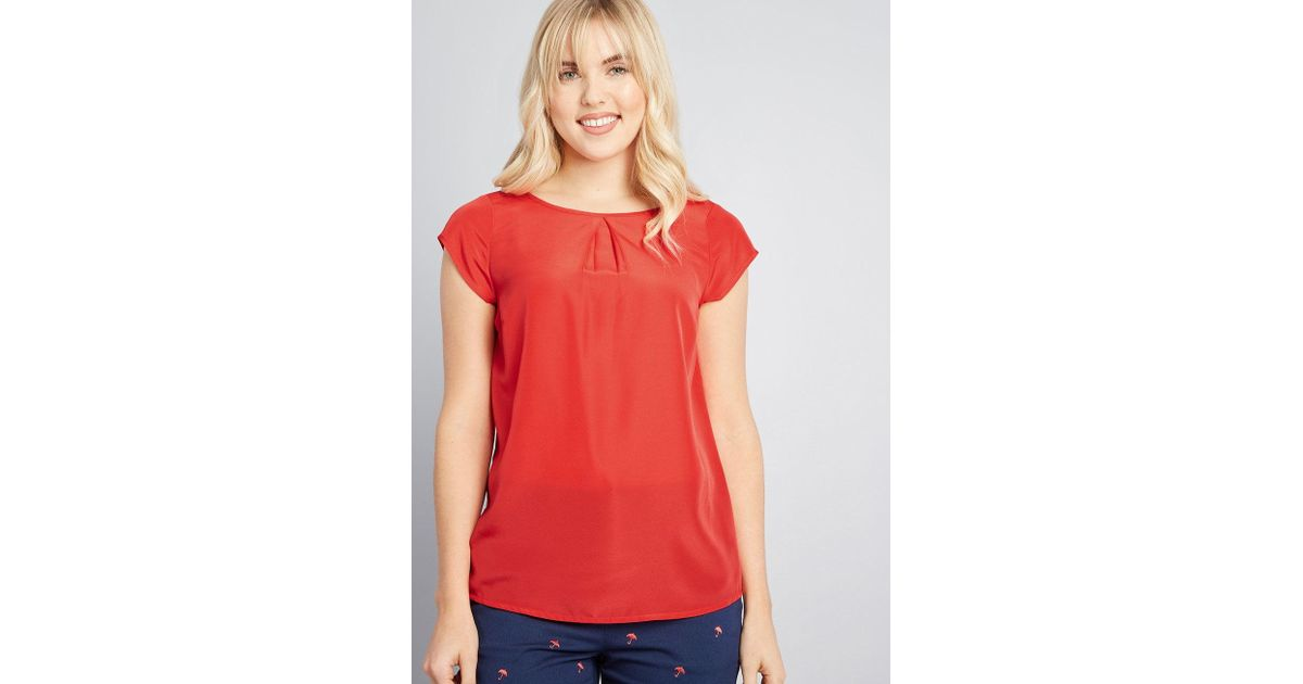 dd9f999afd73e Lyst - ModCloth Graceful Expectations Cap Sleeve Blouse in Red