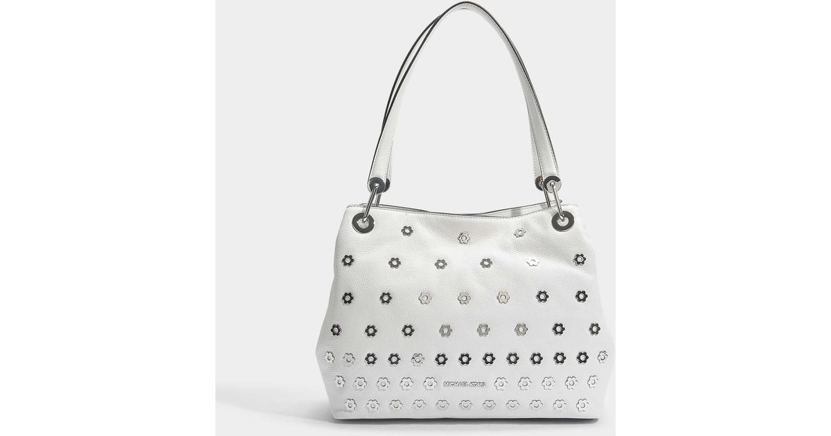 c5af0a5bdd54 MICHAEL Michael Kors Raven Large Shoulder Tote Bag In Optic White Small  Pebble Leather - Lyst