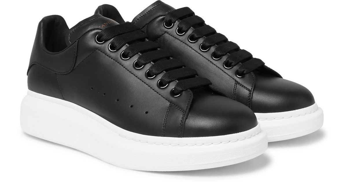 Lyst - Alexander McQueen Larry Exaggerated-sole Leather Sneakers in Black  for Men f6bbbc4c9cc9