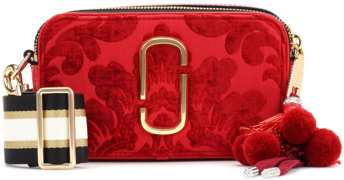 da14a5ff7b Marc Jacobs Snapshot Small Velvet Camera Bag in Red - Lyst
