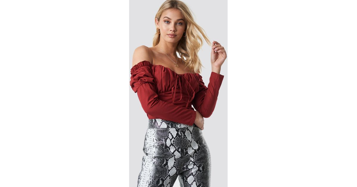 30525f031b23c Lyst - NA-KD Off Shoulder Ruffle Cup Blouse Wine Red in Red