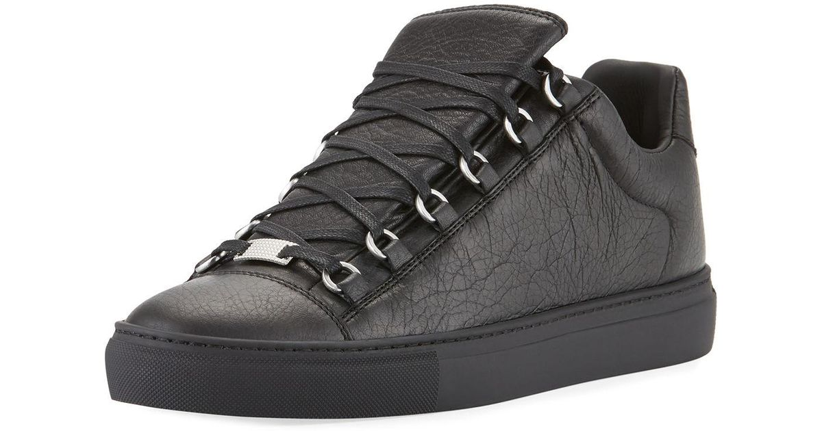 980137e37a5a Lyst - Balenciaga Men s Arena Leather Low-top Sneakers in Black for Men