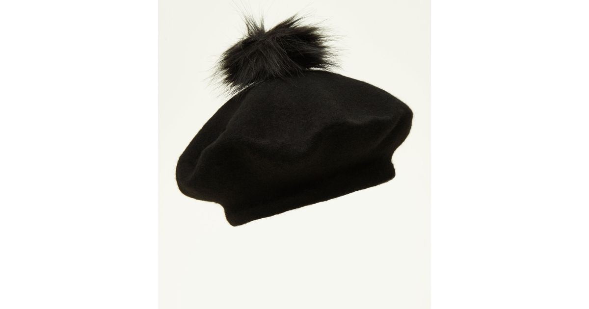 a12460c1d911a New Look Black Faux Fur Pom Pom Felted Beret in Black - Lyst