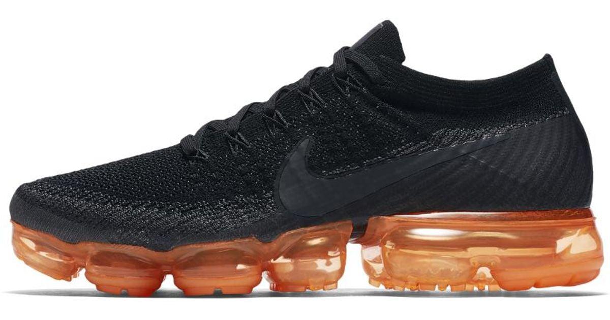 Lyst - Nike Air Vapormax Flyknit Black Pop Men's Running Shoe in Black for  Men