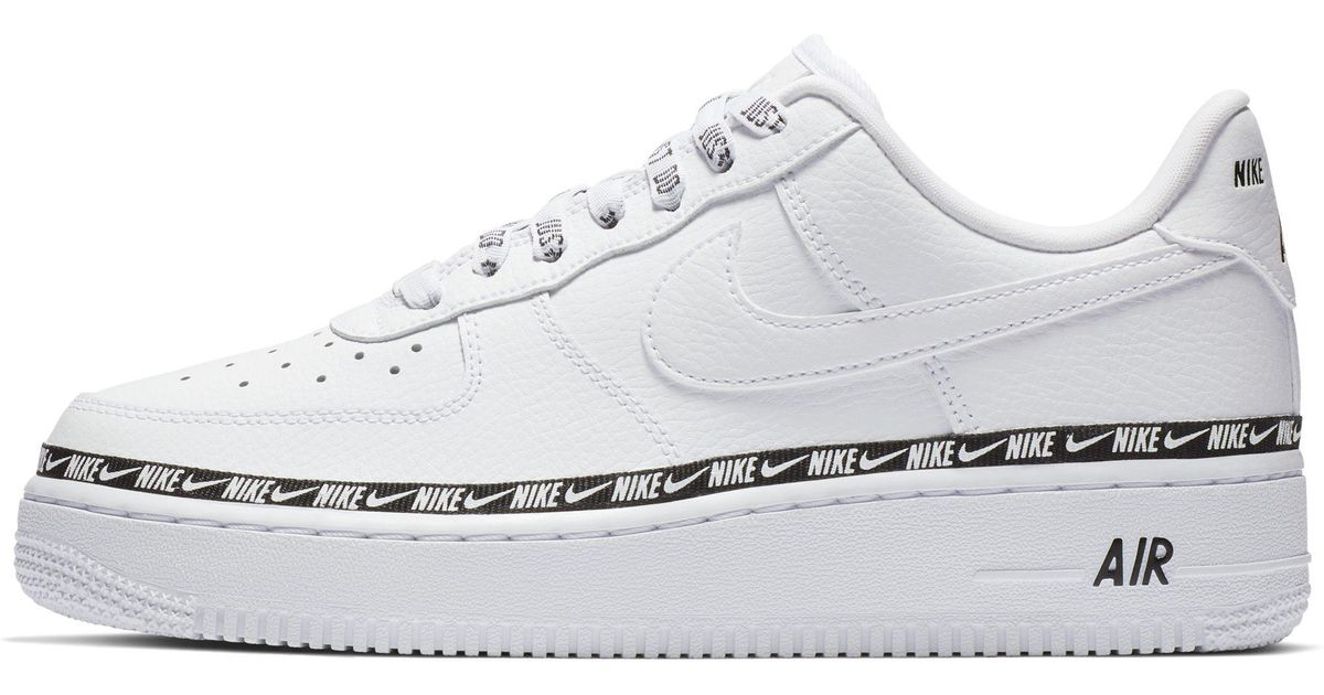 hot sale online eb6df 408cf Nike Air Force 1 07 Se Premium Shoe in White - Lyst