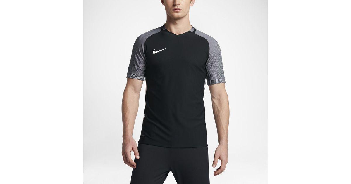 b1b4c3048 Lyst - Nike Strike Aeroswift Men's Short Sleeve Soccer Top in Black for Men