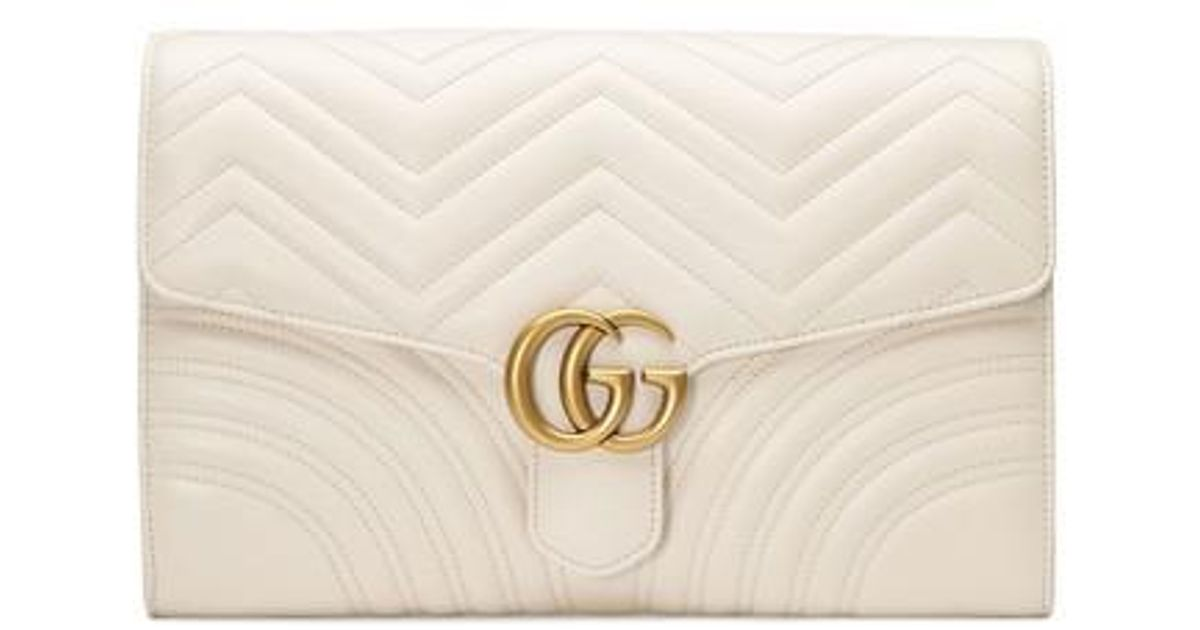 5fb4a6e0a2a1 Lyst - Gucci Gg Marmont 2.0 Matelasse Leather Clutch in White