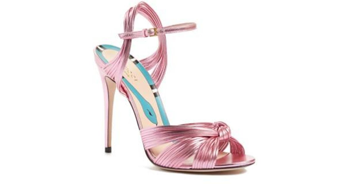 53001d460 Gucci Allie Knotted Metallic Leather Sandals in Pink - Lyst