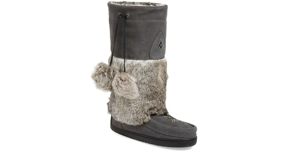6180bc468b1 Lyst - Manitobah Mukluks  snowy Owl  Genuine Fur   Suede Mukluk in Gray