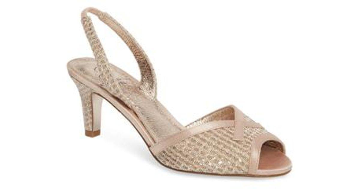 Adrianna Papell Women's Jolene Glitter Slingback Sandal cWVT6KS1KE