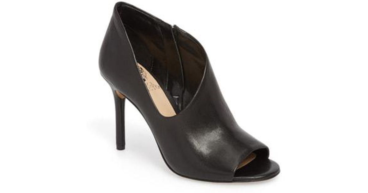 2ede769bbb8 Lyst - Vince Camuto Careeta Pump (women) in Black