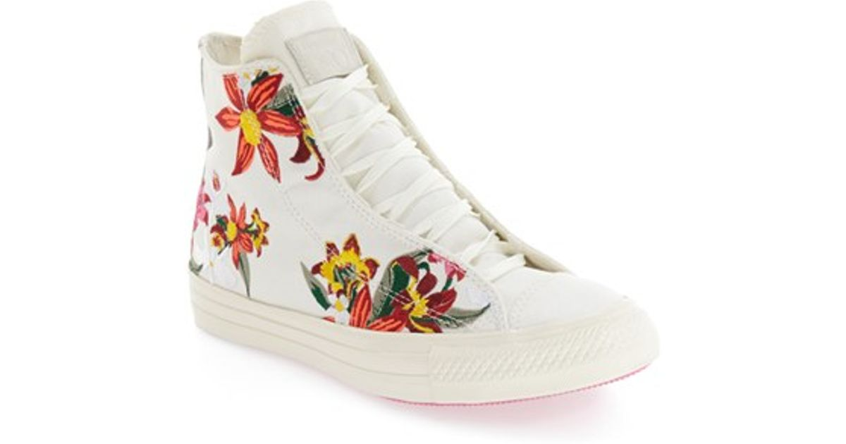 6eb7d9a843bd Lyst - Converse Chuck Taylor All Star  patbo  Floral High Top Sneaker in  White