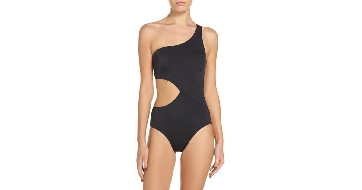 5382116ce2d Solid & Striped Claudia One-piece Swimsuit in Black - Lyst