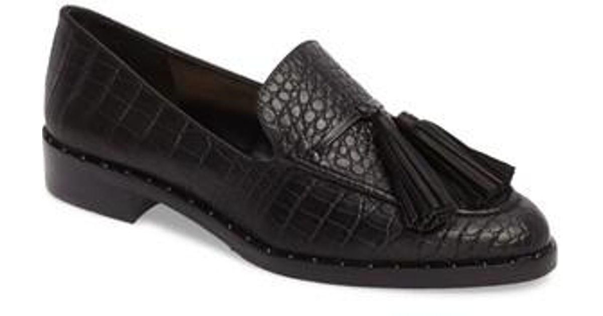 Vince Camuto Geralin Tassel Loafer In Black Lyst