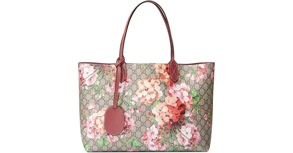 be7e1059617 Lyst - Gucci Medium Gg Blooms Reversible Canvas   Leather Tote in Red
