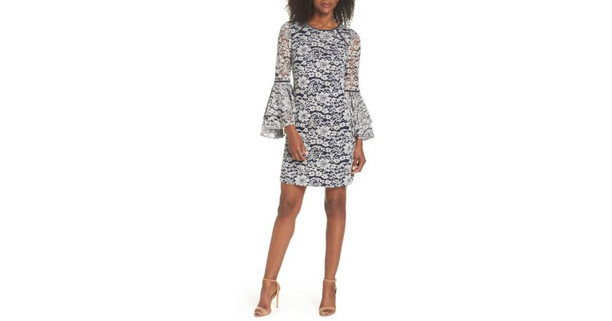 208a08bf10f3 Chelsea28 Lace Bell Sleeve Shift Dress - Lyst