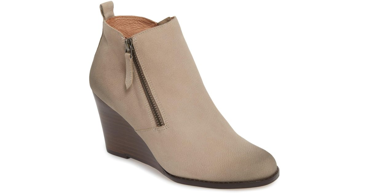 8f430308a07 Lyst - Caslon Caslon Wesley Wedge Bootie in Natural