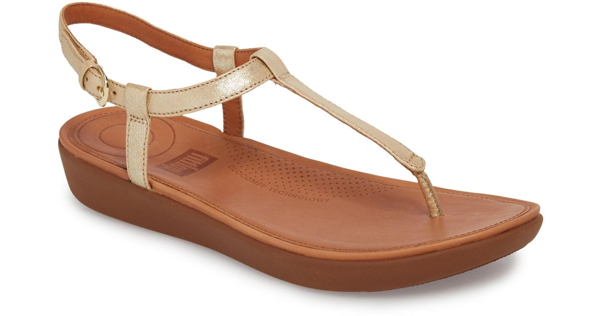 7247c445a82383 Lyst - Fitflop Tia Thong Sandal