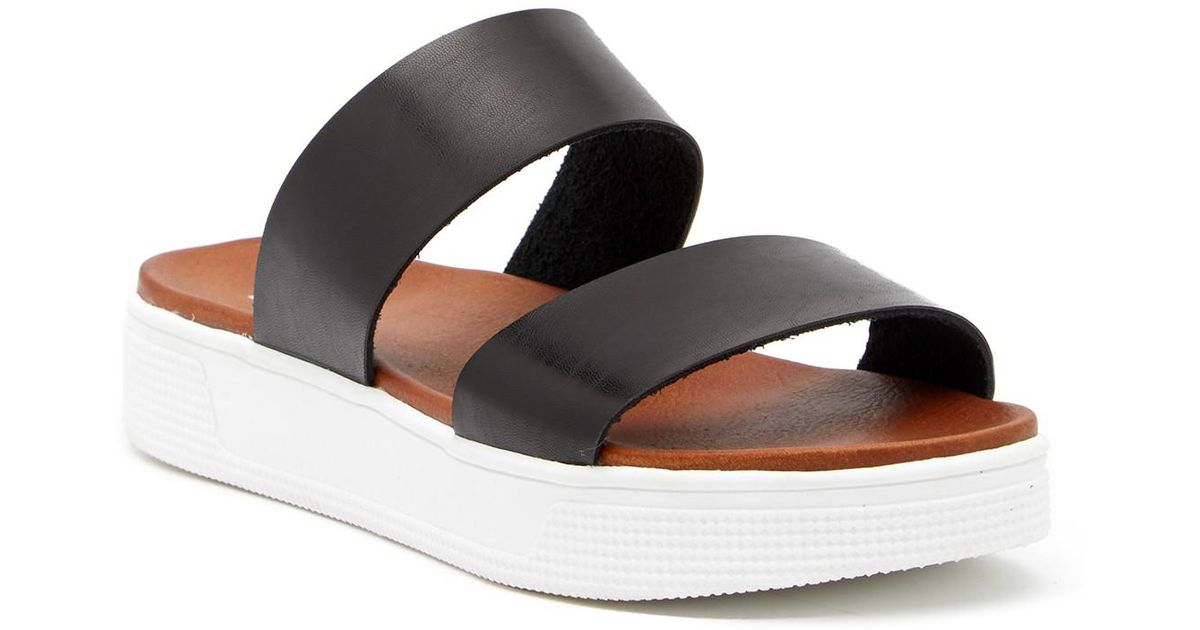 3a65f3b4615 MIA Saige Platform Sandal in Black - Lyst