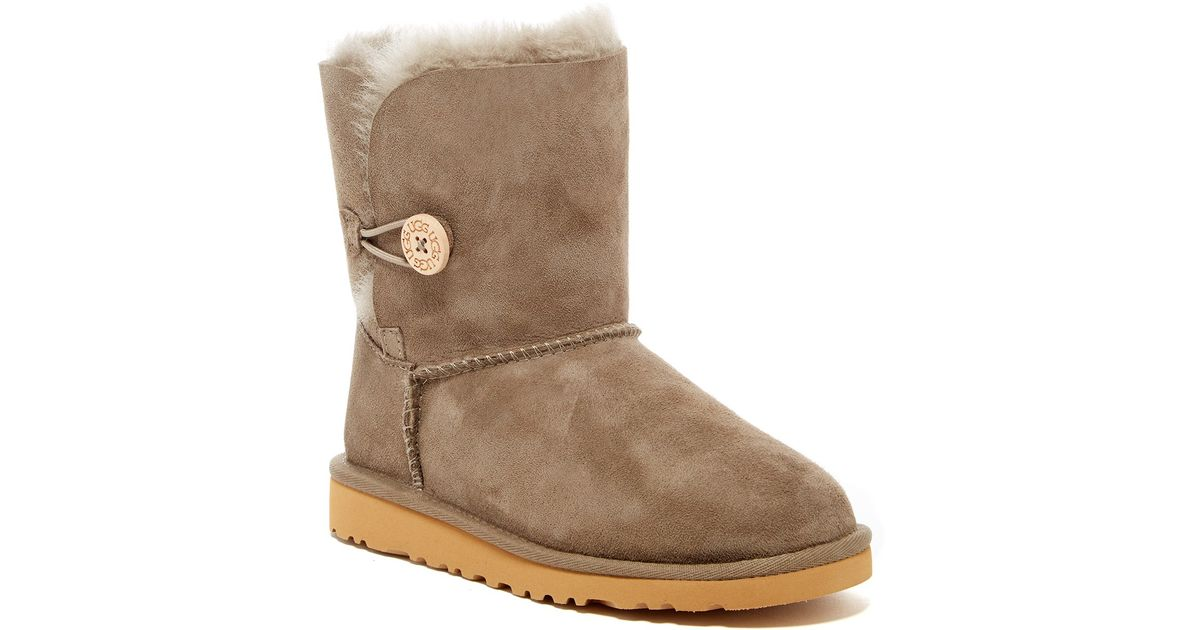 Buy UGG Australia Women's Classic Tall and other Shoes at testdji.cf Our wide selection is eligible for free shipping and free returns.