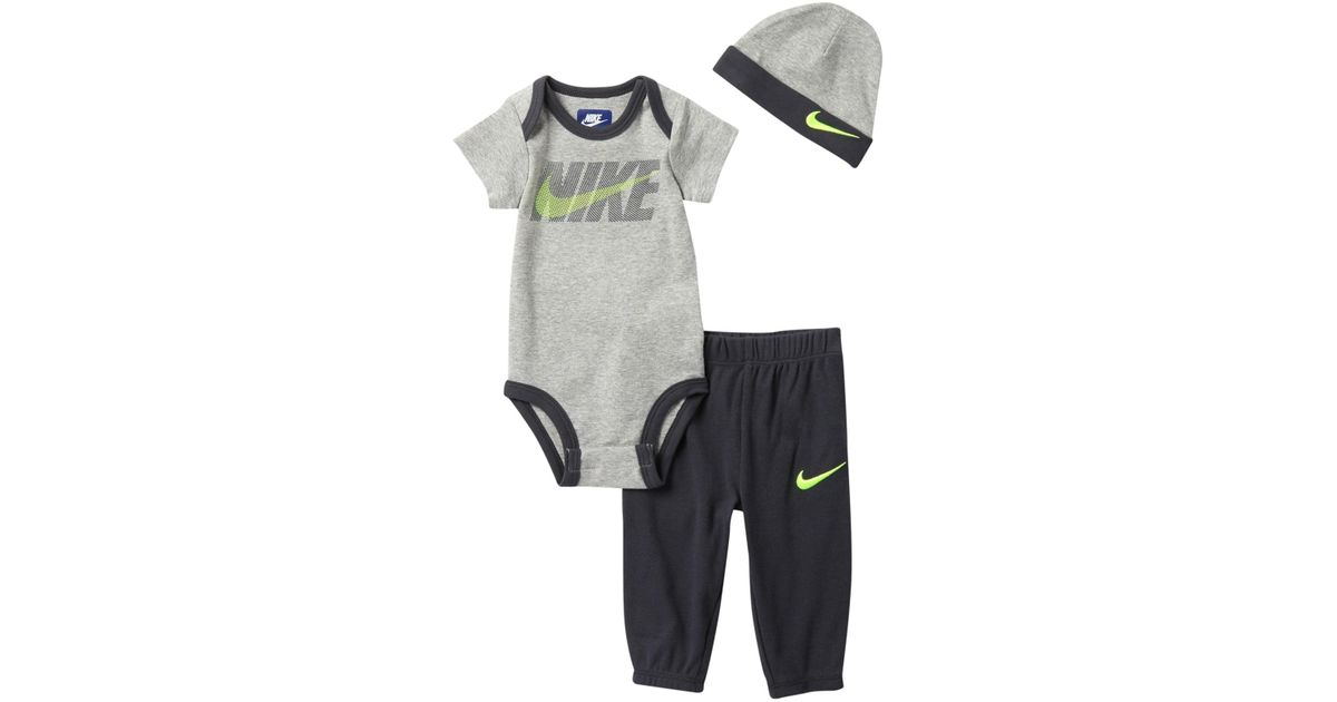 91d5c0e57 Lyst - Nike Futura 3-piece Gift Set (baby Boys) in Gray for Men