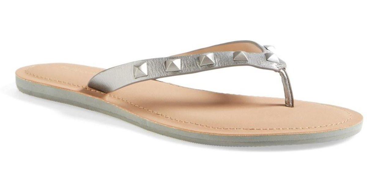 6047c8987b7 Lyst - Rebecca Minkoff Fiona Thong Sandal in Metallic