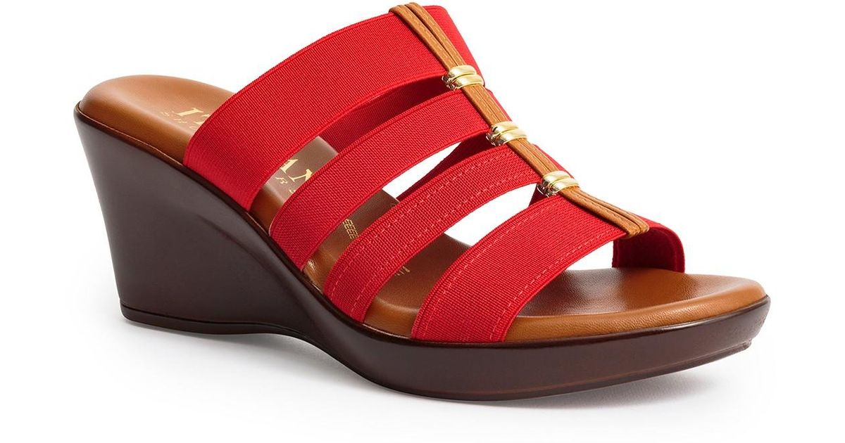 e06a90964 Italian Shoemakers Clover 4-band Slide Sandal in Red - Lyst