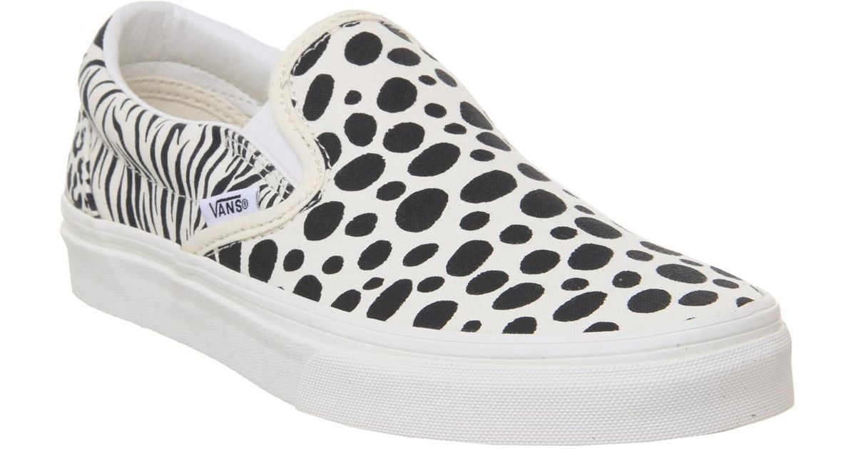 81a7219a030 Vans Classic Slip Ons for Men - Lyst