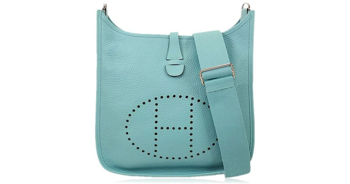 5bdc9826bd9c Lyst - Hermès Shoulderbag Evelyne 3 29 pm Bleu Atoll Taurillon Clemence  Shw brand New  authentic  in Blue