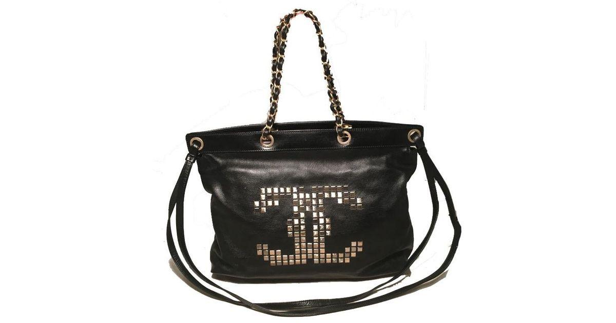 833f9f2c626e Chanel Black Leather Studded Cc Logo Shoulder Bag Tote in Black - Lyst