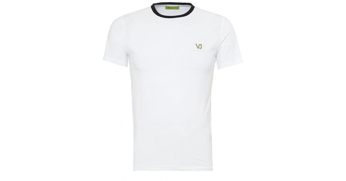 a29ec3f4 Versace Jeans Plain T-shirt, Small Chest Logo Patch White Tee in White for  Men - Lyst