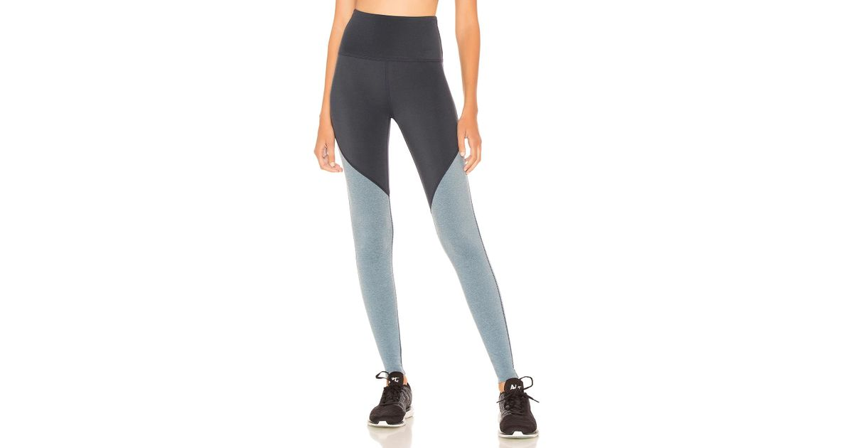 8fa4f72a20602e Beyond Yoga Plush Angled High Waisted Midi Legging in Blue - Lyst