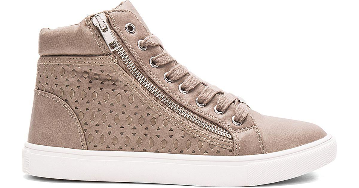 8a59b667020 Lyst - Steve Madden Eiris Sneaker in Gray