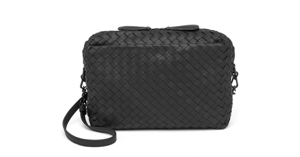 8b16e4f362 Bottega Veneta Pillow Intrecciato Leather Crossbody Bag in Black - Lyst