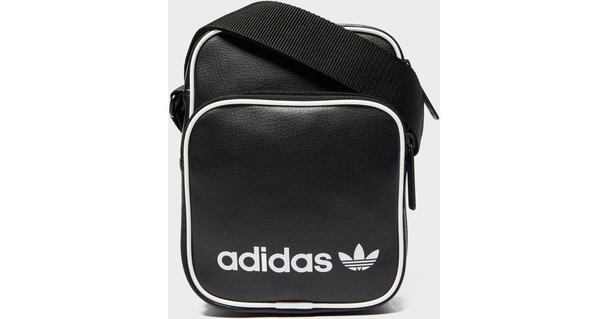 adidas Originals Cross Body Bag - Online Exclusive in Black for Men - Lyst f6c2403bc11cb
