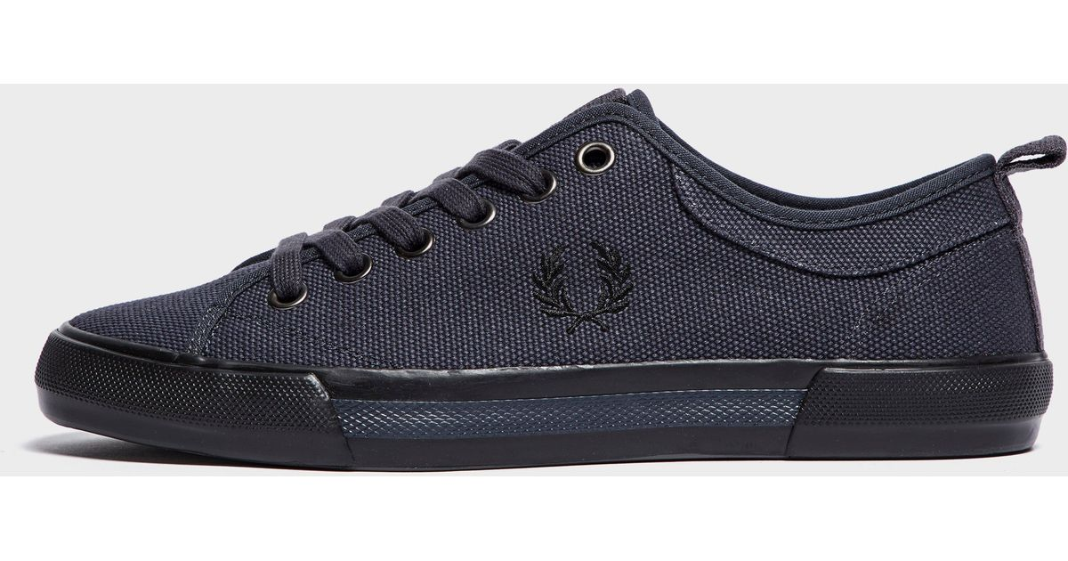 Fred Perry Horton Canvas Sneakers in jfmiq