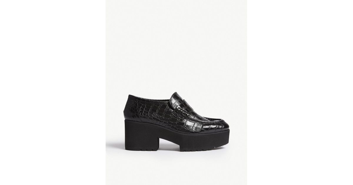 c76476eeadc Maje Crocodile-effect Leather Platform Moccasin Loafer in Black - Lyst