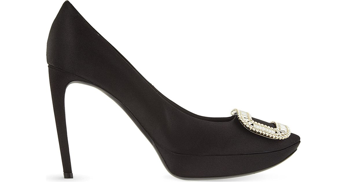 5255e1d31561 Lyst - Roger Vivier Limelight Choc Silk Courts in Black