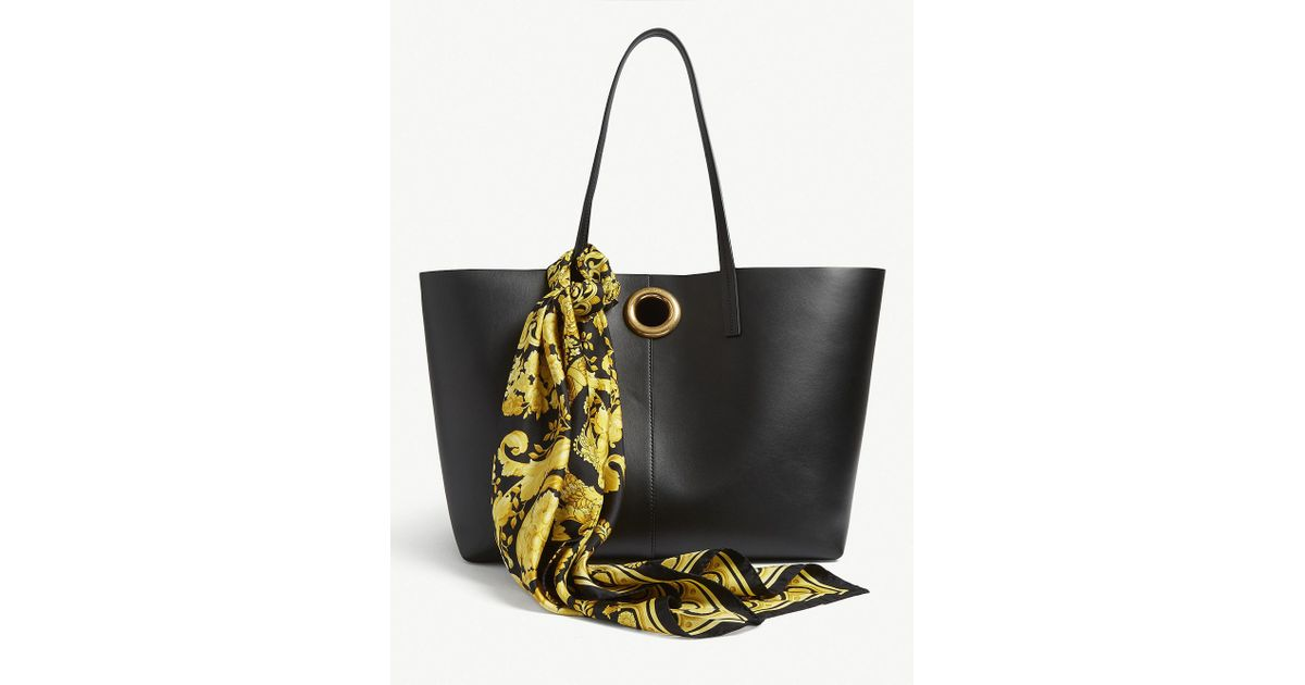 78430cf9746c Versace Leather Tote Bag With Barocco Print Scarf in Black - Lyst