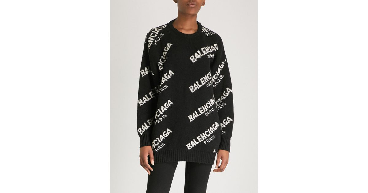 59113ac282ced Lyst - Balenciaga Ladies Black And White Boxy Logo-print Wool-blend Sweater  in Black