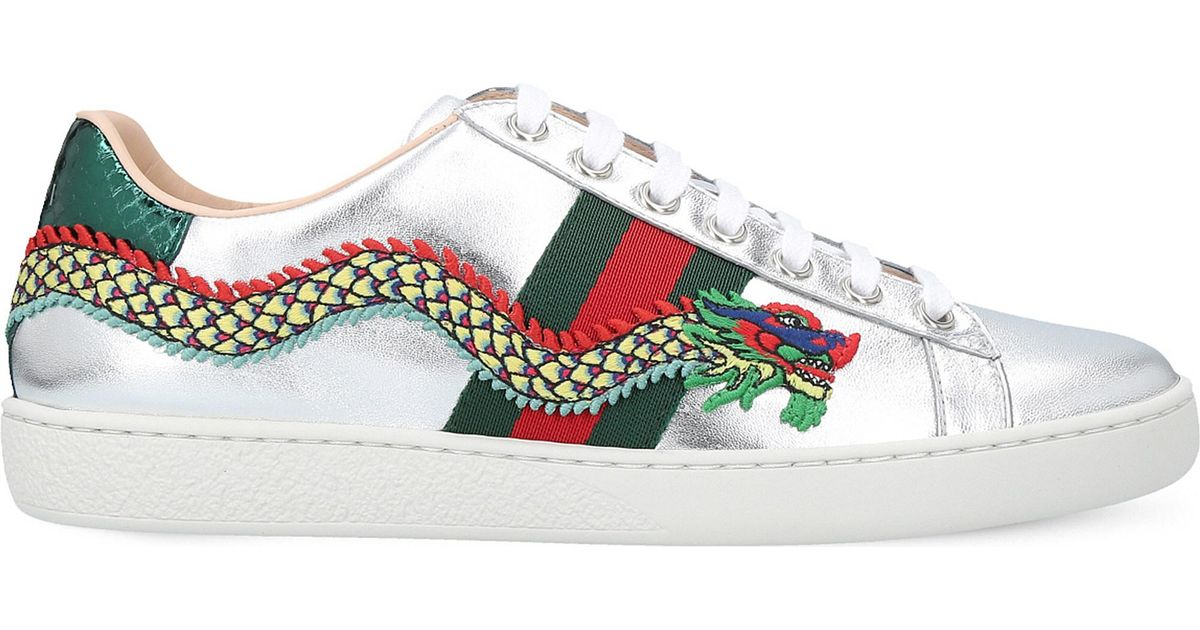 dab6ce24ebf Lyst - Gucci New Ace Dragon-embellished Leather Trainers in Metallic